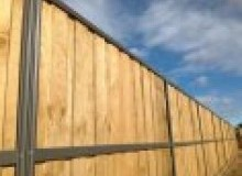 Kwikfynd Lap and Cap Timber Fencing albury